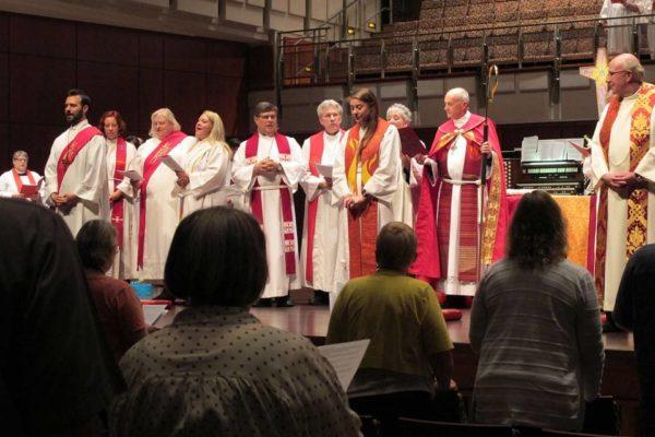 Ordination of Pastor Elizabeth Frey - 2018-06-01 - 01
