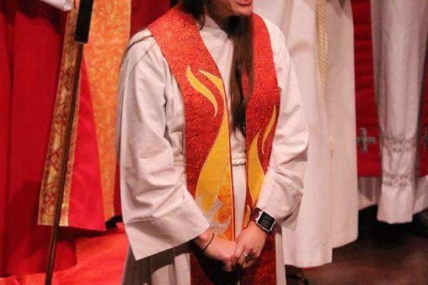 Ordination of Pastor Elizabeth Frey - 2018-06-01 - 02